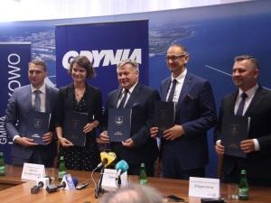 Powstaną farmy wiatrowe na Bałtyku? W Kosakowie podpisano list intencyjny ws. inwestycji za 100 mld zł