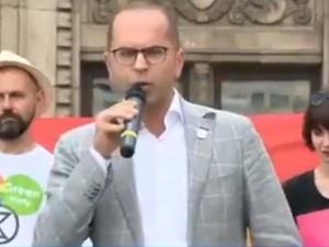 """[video] Szczerba: """"Jesteśmy przeciwni żeby pretorianie Kaczyńskiego atakowali ludzi"""". Bezcenna kontra"""