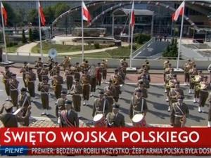 W Katowicach rozpoczęła się defilada z okazji Święta Wojska Polskiego