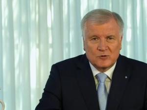Szef niemieckiego MSW zapowiada cofanie statusów uchodźcy za prywatne wyjazdy do Syrii