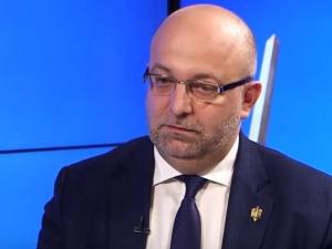 Wiceminister sprawiedliwości Łukasz Piebiak podaje się do dymisji i... zapowiada pozew przeciw Onetowi