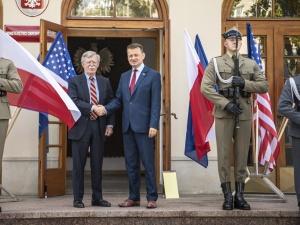 Szef MON: Zwiększanie liczebności wojsk USA w Polsce przebiega nawet szybciej niż zakładaliśmy
