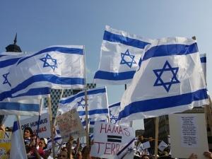Atak terrorystyczny w Jerozolimie. Napastnik wjechał w tłum pieszych ciężarówką