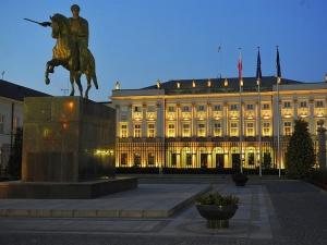 Prezydent Łotwy złoży dziś wizytę w Polsce