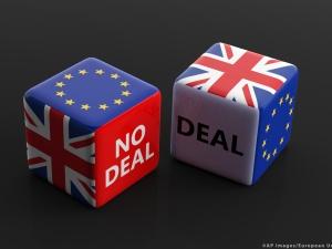 Parlament Europejski rzuca koło ratunkowe Wielkiej Brytanii. Ale stawia warunki