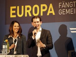 Austria: Partia Sebastiana Kurza wygrywa wyboryparlamentarne