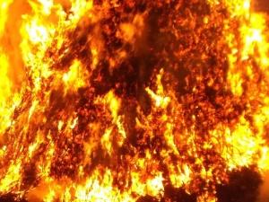 Protestujący imigranci wywołali pożar. Zginęła kobieta i dziecko