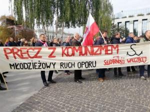 [FOTO] Tysiące Polaków towarzyszy śp. Kornelowi Morawieckiemu w jego ostatniej drodze