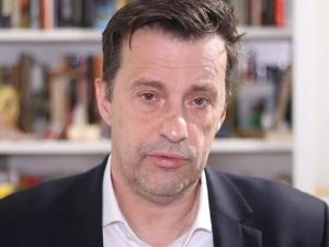 """Witold Gadowski: """"Przed ambasadą w Rzymie Polacy oczekiwali na głosowanie ponad cztery godziny..."""""""
