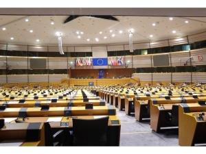 Jest odpowiedź na krytykę Polski przez PE. Konserwatyście przygotowali własny projekt rezolucji