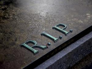 Kolejny polityk PO równa śmierć ks. Popiełuszki i P. Szczęsnego. Internet: Na grobie M. Rosiaka Pan był?