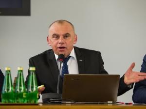Ograniczenie niedzielnego handlu poparło ponad pół miliona Polaków