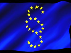 TSUE: Przepisy dot. wieku emerytalnego sędziów są niezgodne z prawem UE. MSZ odpowiada