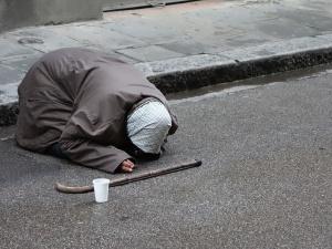 """Papież na Światowy Dzień Ubogich: """"Biedni to nie są numery. Potrzebują po prostu miłości"""""""