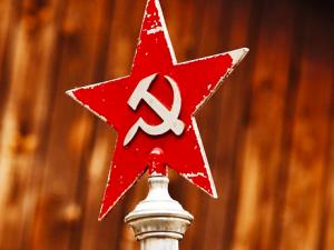 Jerzy Bukowski: Komunista = zdrajca