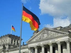 """""""Rząd federalny powinien sięprzed tym bronić"""". Niemcy rozważają środki odwetowe za sankcje USA"""
