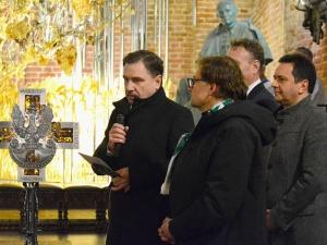 Krzyż dziękczynny FMW na Ołtarzu Ojczyzny w rocznicę stanu wojennego