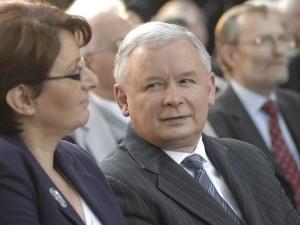 """""""Jarosław pracuje cały czas z domu"""". Nowe informacje o stanie zdrowia prezesa Kaczyńskiego"""