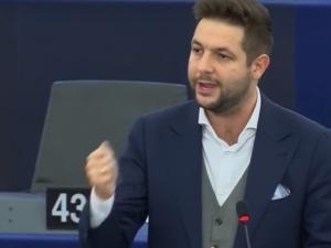 PE przyjął rezolucję ws. praworządności w Polsce. Jak głosowali polscy europosłowie?