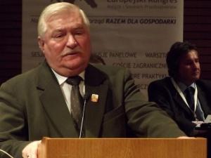 """Wałęsa do prezydenta Andrzeja Dudy: """"Zabraniam Panu powoływać się na Solidarność"""""""