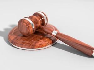 Prawy Sierpowy Mikroblog: Konstytucja na śmietniku Kasty