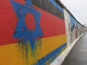 """""""Żydzi mogą masowo opuszczać Niemcy"""". Szef niemieckiego MSZ przestrzega przed antysemityzmem"""