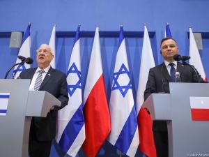 """Times of Israel: """"Rivlin wystrzelił salwę. Powiedział Dudzie, że wielu Polaków pomagało mordować Żydów"""""""