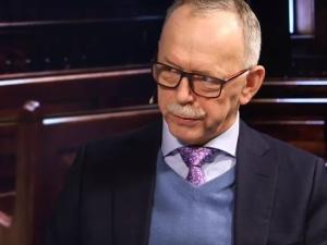 """[video] Prof. Gontarski: """"Agencje lobbystyczne wiedziały o wniosku KE do TSUE ws. SN przed komisarzami"""""""