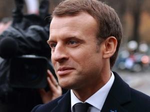 """Wielka Brytania wyszła z Unii Europejskiej. Macron: """"Nie można być wewnątrz i na zewnątrz"""""""