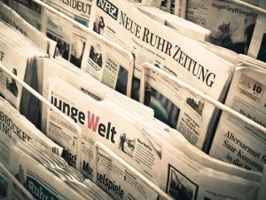 """""""Sueddeutsche Zeitung"""" nie zostawia suchej nitki na wizycie Macrona. """"Arogancki stary wujek"""""""