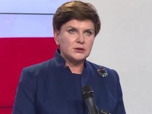 """""""Kto i po co wymyśla takie głupie teksty?"""". Beata Szydło ostro odpowiada """"Super Expressowi"""""""