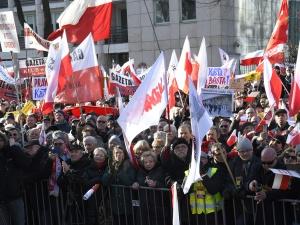 [Nasza fotorelacja] Solidarność na proteście przed Trybunałem Konstytucyjnym