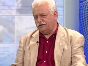 Romuald Szeremietiew: Kiedy pełniłem obowiązki szefa MON zrezygnowałem z BOR i jeździłem polonezem