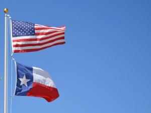 """[Felieton """"TS""""] Waldemar Biniecki: Wszystkie polonijne drogi prowadzą do Teksasu"""