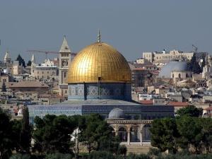Atak nożownika w Jerozolimie. Sprawca nie żyje. Jego tożsamość pozostaje na razie nieznana
