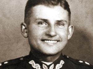 [Tylko u nas] Płużański: Wiedział, że nie będzie miał pogrzebu. Połknął medalik. 1 marca 1951 - koniec AK