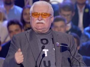"""""""Rodacy proszę was, posłuchajcie mnie jeszcze raz…"""". Wałęsa apeluje doPolaków"""