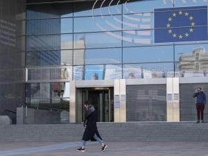"""Parlament Europejski zamieni się w szpital polowy? """"To mogą być bezdomni czy uchodźcy"""""""