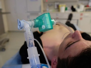 Turcja zarekwirowała 150 respiratorów zakupionych przez Hiszpanię