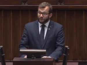 """Kolejny poseł PiS zabiera głos ws. feralnego głosowania. """"To jest oczywista pomyłka"""""""