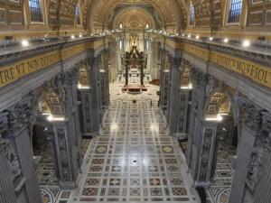 Watykan: Papieska Msza Wieczerzy Pańskiej w pustej bazylice, bez wiernych
