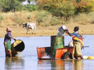 COVID-19: miliony pracowników w krajach słabo rozwiniętych staną wobec ryzyka gospodarczej dewastacji