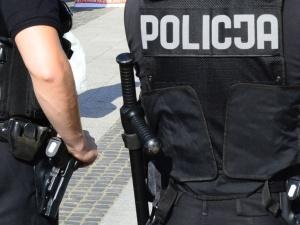 50 osób zdemolowało nocny klub w Warszawie, gdzie bawili się kibice Ajaksu Amsterdam