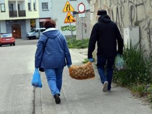 """Największy szwedzki dziennik: """"Państwa zza żelaznej kurtyny lepiej radzą sobie z epidemią"""""""