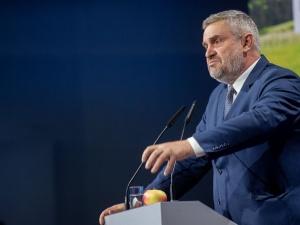 """Minister rolnictwa nie przebiera w słowach ws. ekologów. """"To jak hitlerowska propaganda przeciwko Żydom"""""""