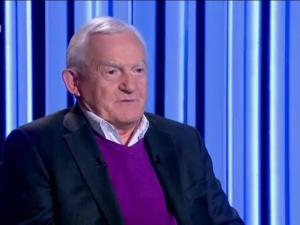 Leszek Miller komentuje działania Fransa Timmermansa wobec Polski. Warte wysłuchania