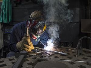 GUS: Wzrost produkcji przemysłowej