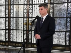"""""""Kaczyński boi się spadku notowań"""". Rzecznik PO skomentował oświadczenie szefaPiS"""