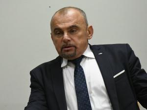 Alfred Bujara: Nie można skutków kryzysu w handlu przerzucać na pracownika
