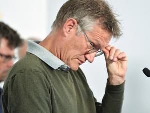 """""""Zbyt wiele osób zmarło"""". Główny epidemiolog Szwecji przyznaje siędo błędu"""